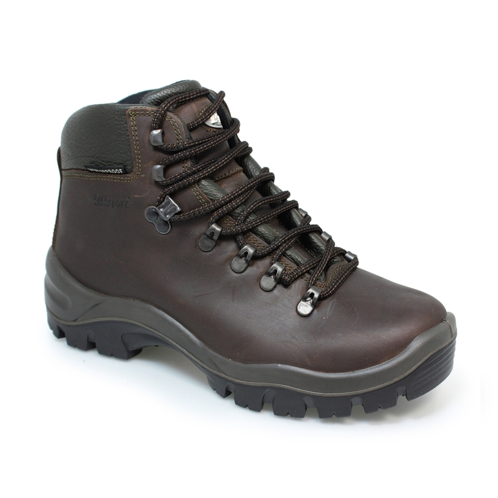peaklander brown hiking boots to help with injury prevention